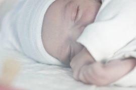 Dove deve dormire il neonato?