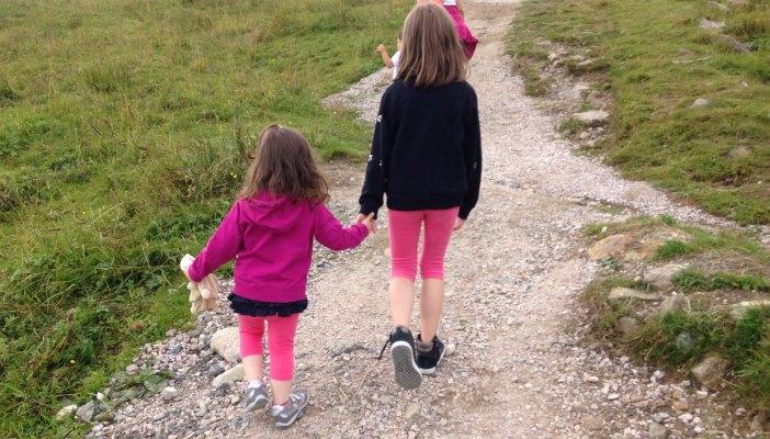 Scarpe Geox Kids: qualità e design per i piedi dei bambini