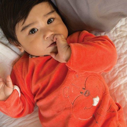 bambini-dormire-inverno-pigiama