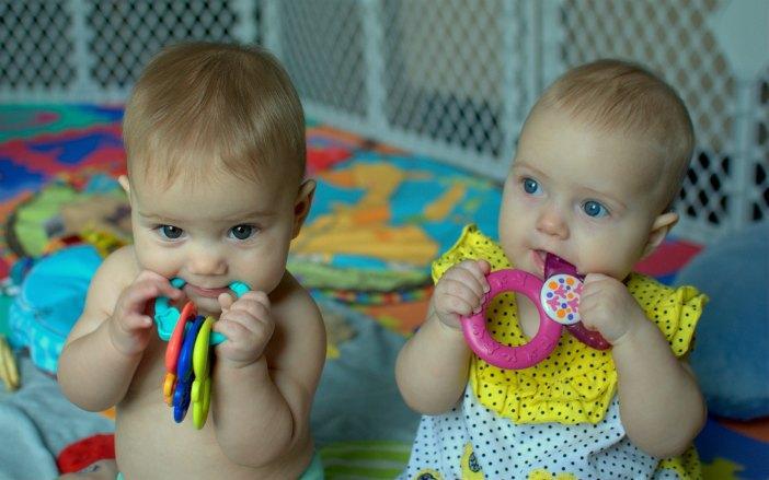 come-riconoscere-genitori-gemelli