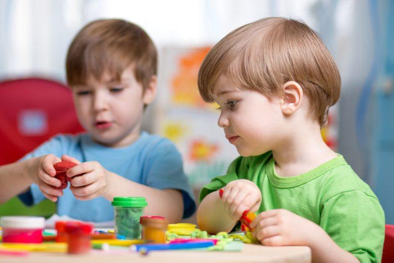 attività da fare quando vengono amici dei figli
