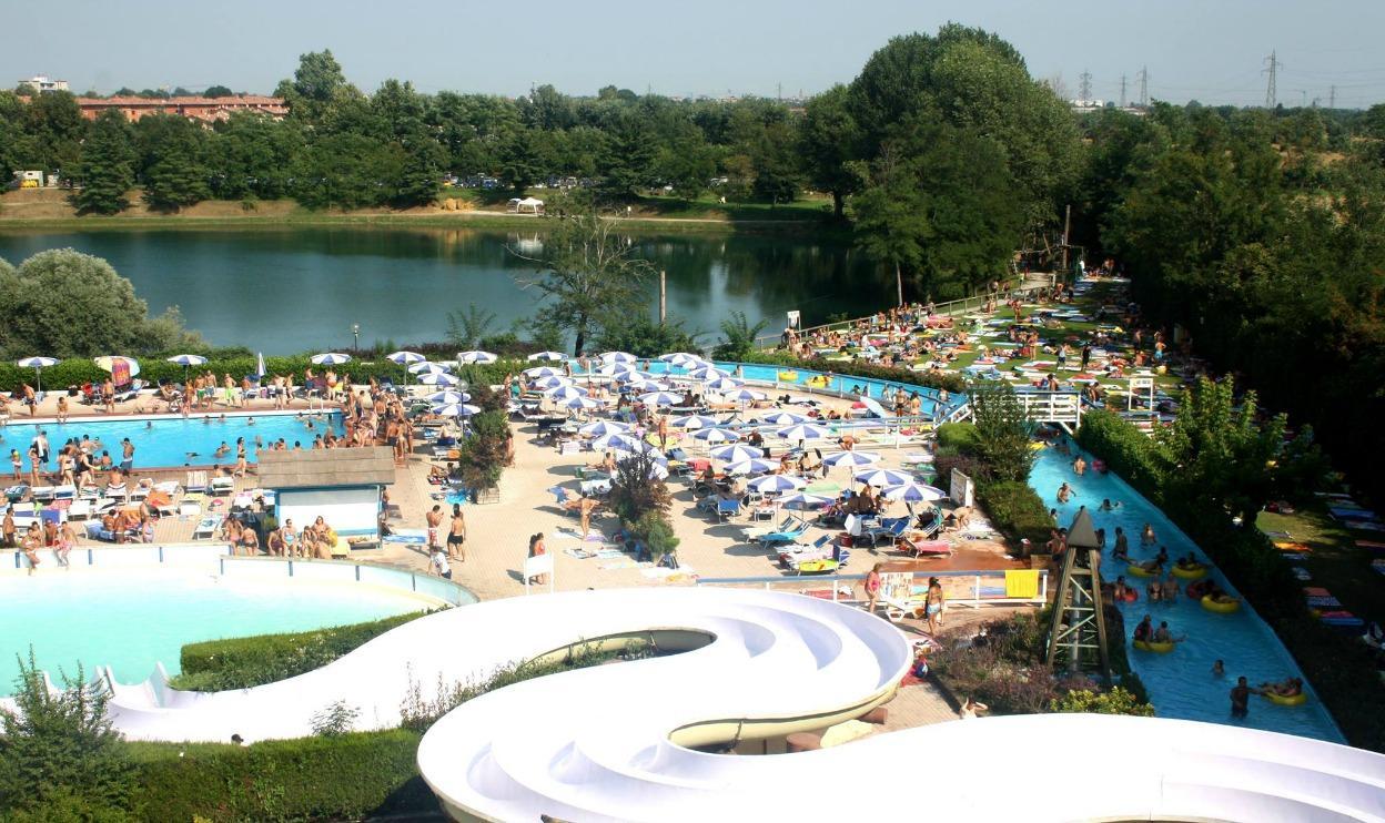 5 piscine vicino a milano dove divertirsi con i bambini for Grandi palazzi con piscine