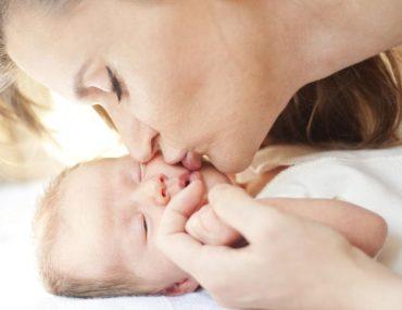 profumo neonato mamma