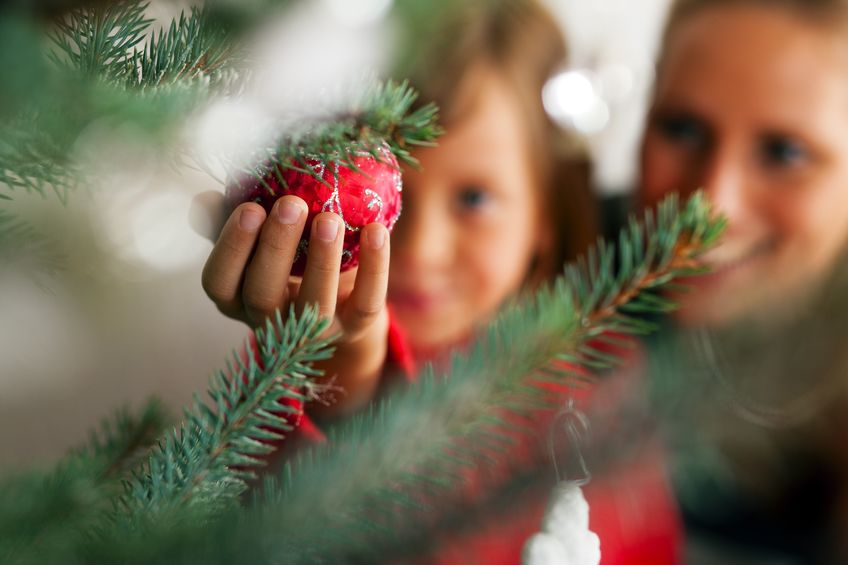 Albero Di Natale 852 Bambini.Albero Di Natale 25 Idee Per Decorarlo Insieme Ai Bambini