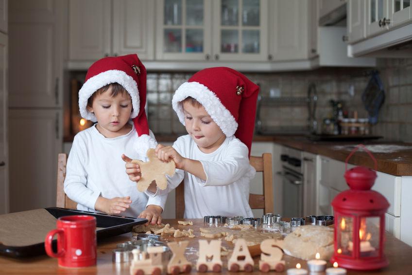 cucinare biscotti con bambini
