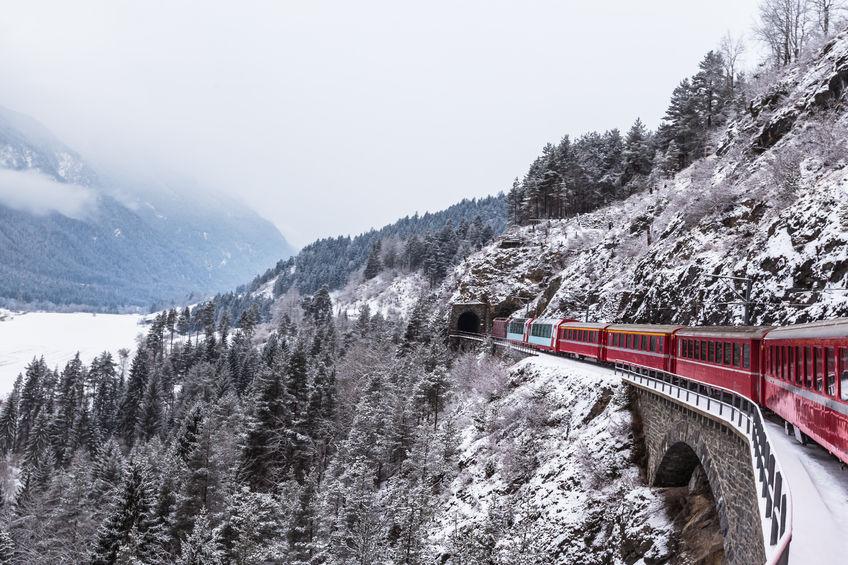 treno svizzera con bambini