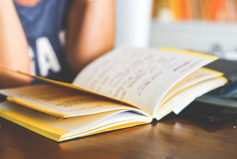 scuole medie lettere a nipote