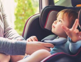 seggiolini auto anti abbandono legge