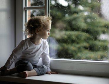 bambini pioggia a milano