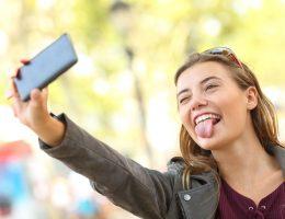 adolescenti social network e autostima