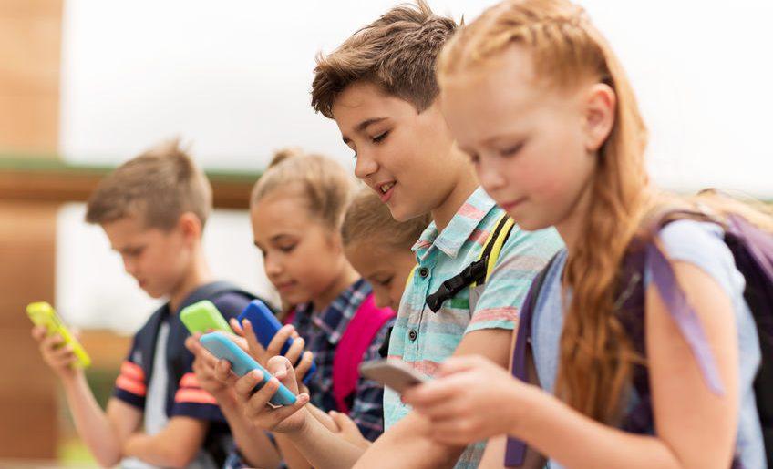 Cosa fanno davvero gli adolescenti sul web e cosa dobbiamo sapere noi genitori?