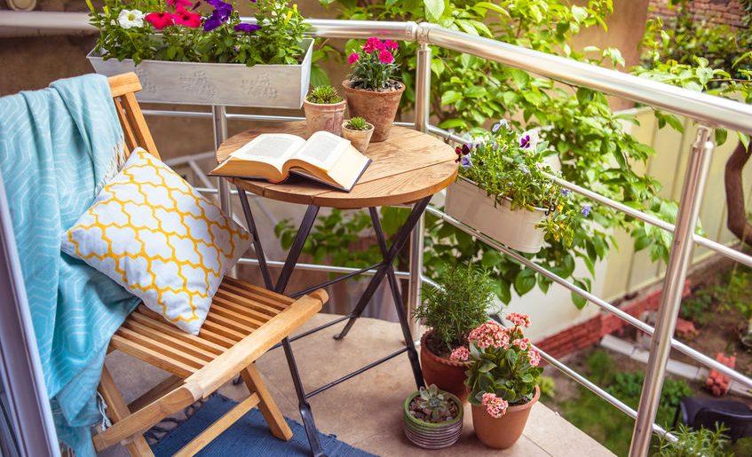 Come organizzare i balconi con l'arrivo della primavera