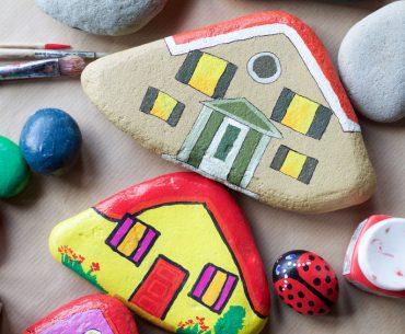 10 attività originali da fare con i bambini quando sono a casa in estate